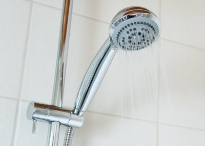 Une douche pas comme les autres